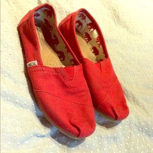 Toms Red Bear Flats